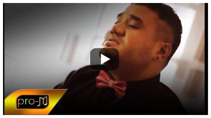 Kunci (Chord) dan Lirik Lagu 'Sahabat Jadi Cinta' - Mike Mohede, 'Tak Bisa Hatiku Menafikan Cinta'