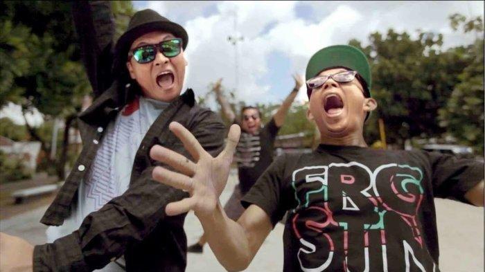 Kunci (Chord) Gitar dan Lirik Lagu Terlatih Patah Hati - The Rain feat Endank Soekamti