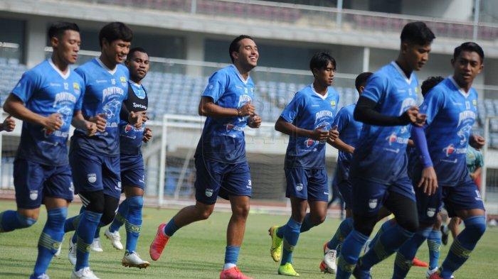 Komentari Latihan Perdana Persib Bandung seusai Libur, Robert Alberts: Gerak Pemain Sedikit Kaku