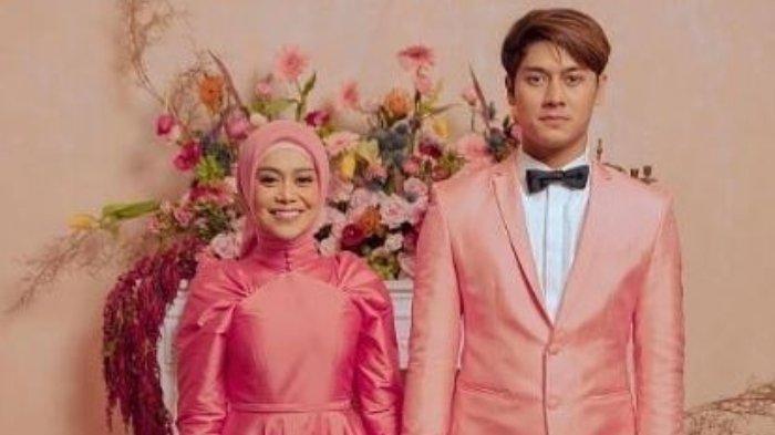 Rangkaian Pernikahan dengan Rizky Billar Diundur, Lesti Kejora Unggah Foto: Berdoa Bumi Cepat Pulih