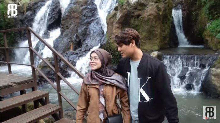 Lesti Kejora dan Rizky Billar saat berlibur bersama di sebuah lokasi wisata di Lembang, Bandung, Jawa Barat, diunggah Sabtu (18/9/2021).