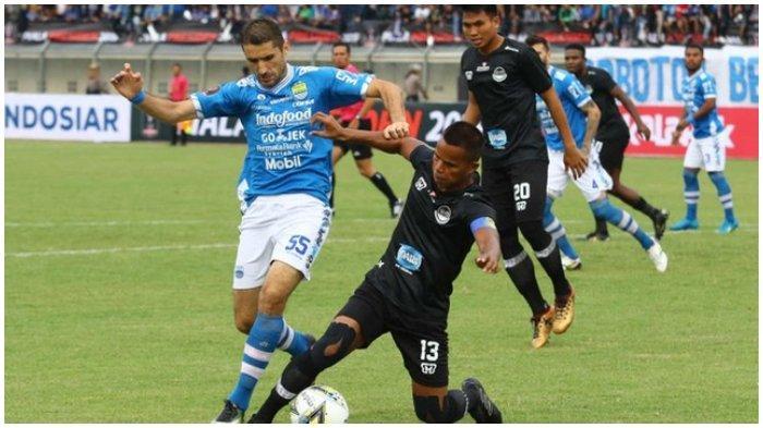 Lopicic, gelandang Persib yang juga menjadi starter pada laga pembuka Piala Presiden 2019, Persib melawan Tira Persikabo di Stadion Si Jalak Harupat, Sabtu (2/3/2019)