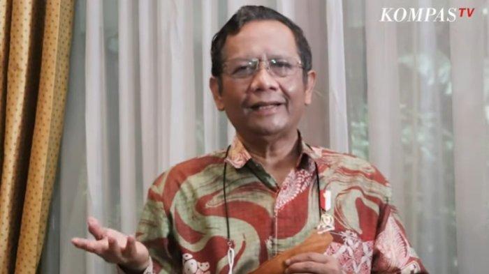 Jokowi Cabut Perpres Investasi Miras, Mahfud MD: Buktikan Tak Alergi terhadap Kritik dan Saran