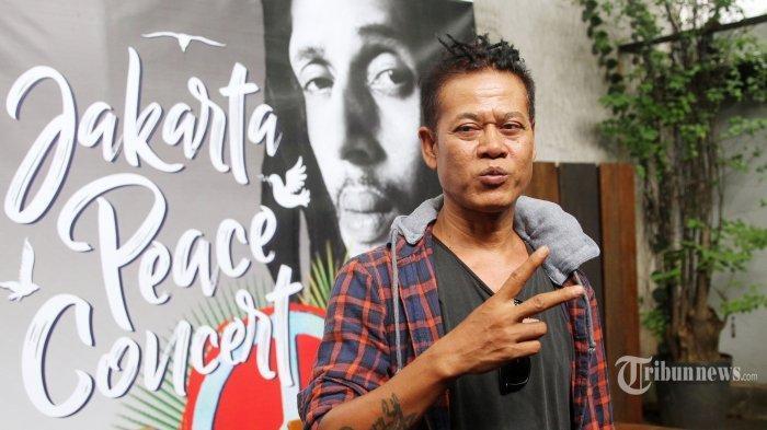 Kunci (Chord) Gitar dan Lirik Lagu Reggae Witing Tresno - Tony Q Rastafara, Kata Orang Jawa