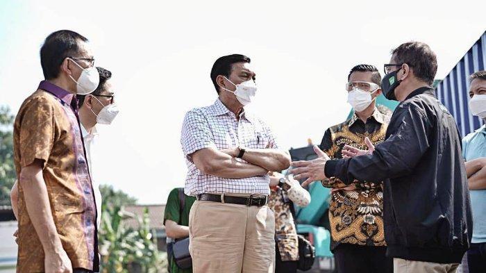 Luhut Prediksi Kasus Covid-19 akan Naik Tinggi: Masyarakat Indonesia Tidak Perlu Khawatir