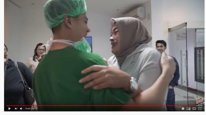 Baim Wong dan Paula Verhoeven Dikaruniai Anak Pertama, Lihat Video Suasana Haru saat Persalinan