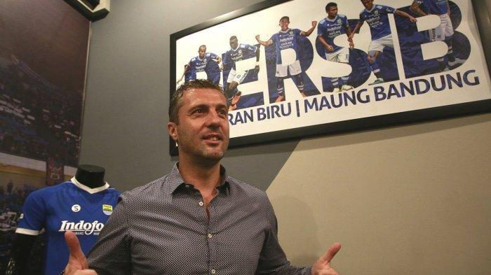 Miljan Radovic resmi diperkenalkan jadi pelatih Persib Bandung.