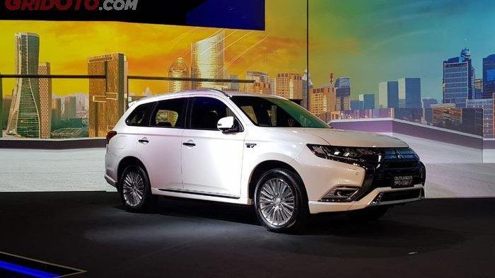 Mitsubishi Outlander PHEV Dibanderol Lebih dari Rp 1 Milliar, Ini Fitur-fitur yang Dimilikinya