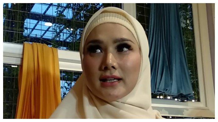 Kronologi Mulan Jameela Duduki Kursi DPR RI meski Kalah, Bagaimana Bisa?