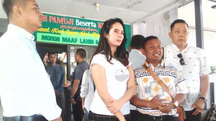 2 Terdakwa Muncikari Vanessa Anggel Bebas dan Langsung Pulang ke Kampung