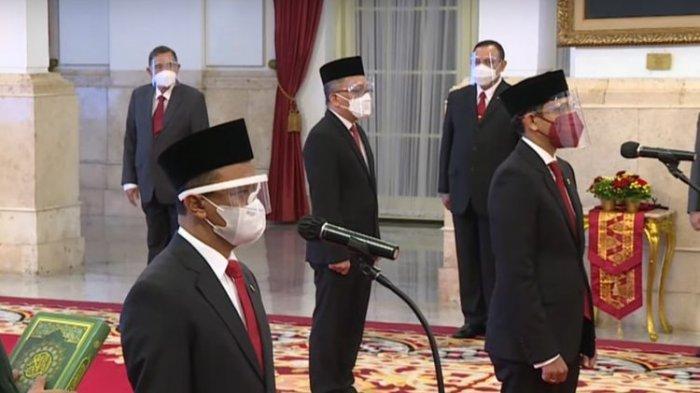 Pengambilan sumpah dan pelantikan Nadiem Makarim dan Bahlil Lahadalia sebagai menteri dalam nomenklatur baru.