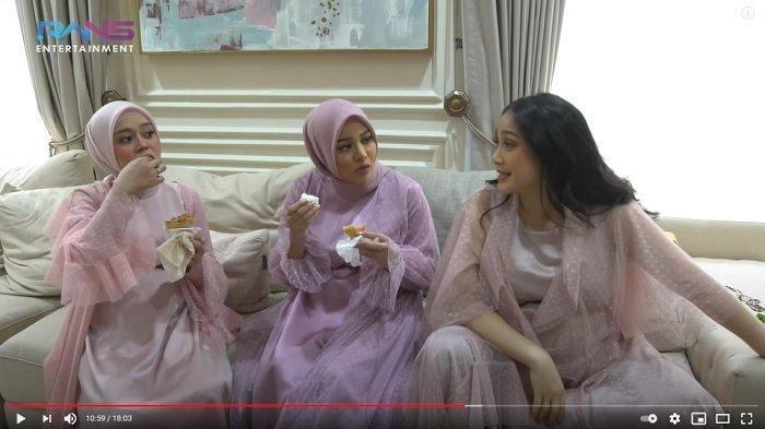 Nagita Slavina berbincang bersama Lesti Kejora dan Aurel Hermansyah.