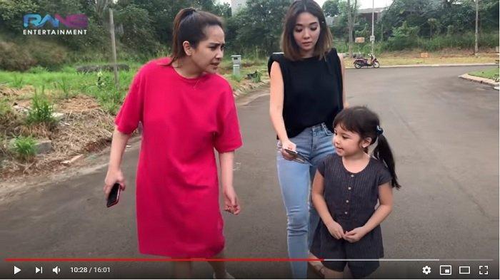 Gempi Elus-elus Perut Nagita Slavina, Istri Raffi Ahmad Buat Gisel Tertawa: Mau Punya Adik Nggak?