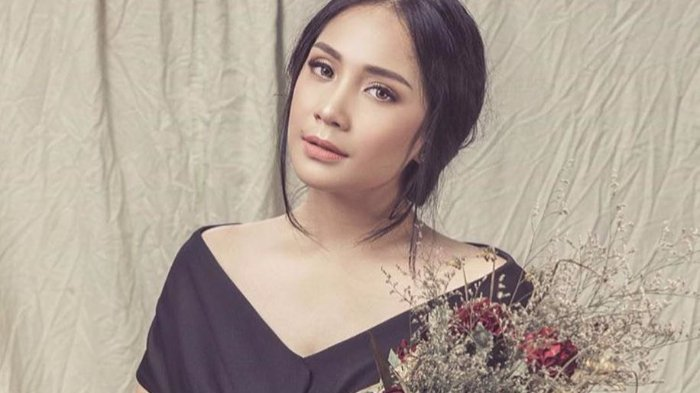 Nagita Slavina Santai Bongkar Saldo Belanja Online-nya, Ayu Dewi: Entar Aku Isiin, Buat Hadiah Ultah