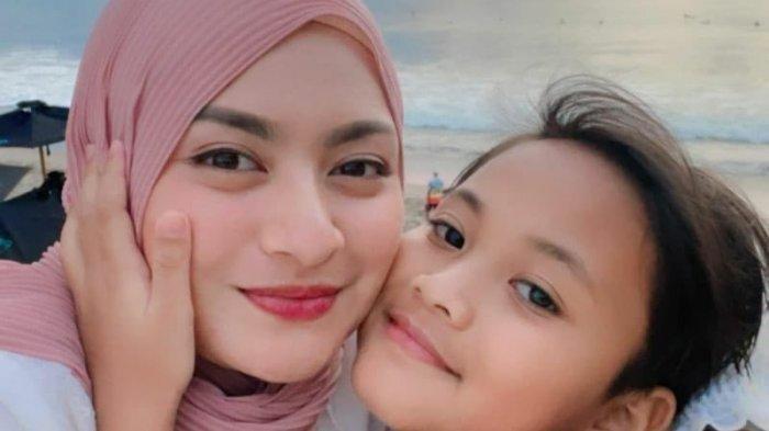 Bukti Sayang, Putra Bungsu Sule Beri Hadiah Penuh Makna untuk Nathalie Holscher: Buat Bunda