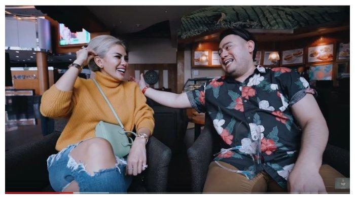 Nikita Mirzani dan Nassar Sungkar dalam kanal YouTube Crazy Nikmir Real, Senin (26/10/2020).