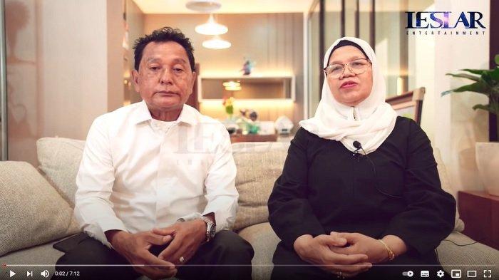 Orangtua Rizky Billar, Daniel Eddy dan Rosmala Dewi pada Kamis (23/9/2021).