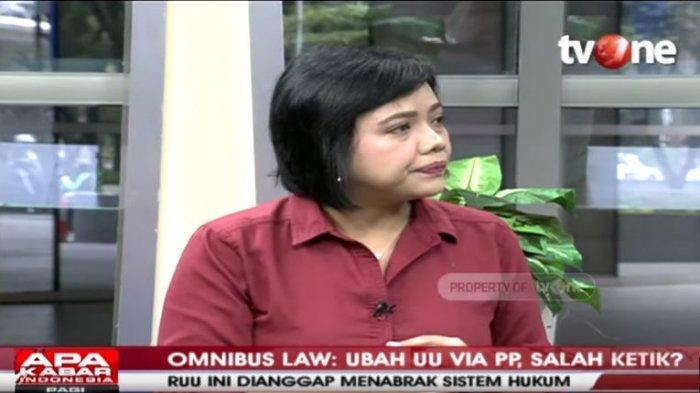 Mahfud MD Sebut Ada Salah Ketik di Omnibus Law Cipta Kerja, Bivitri Susanti: Saya Ketawa