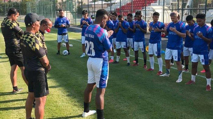 Para pemain RANS Cilegon FC sedang bersiap menjalani latihan di Turki jelang Liga 2 2021.