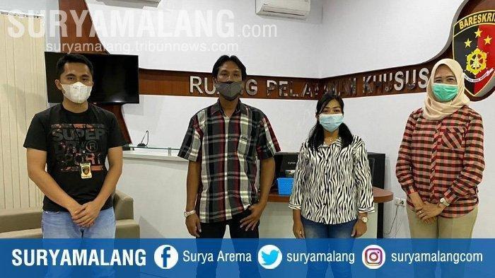 Pasutri yang berbuat mesum dan videonya viral usai diperiksa di Mapolrestabes Surabaya.