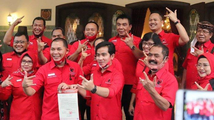 PDI Perjuangan resmi mengusung Gibran Rakabuming Raka dan Teguh Prakosa sebagai pasangan bakal calon wali kota dan wakil wali kota Solo pada Pemilihan Kepala Daerah (Pilkada) 2020.