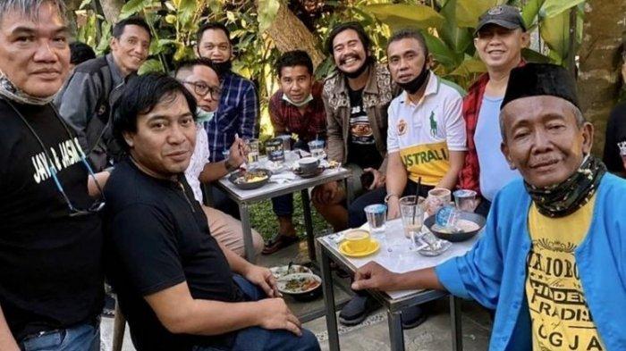Sosok Yanto Tampan, Pemain Bang Acip Para Pencari Tuhan yang Meninggal Dunia karena Penyakit Liver