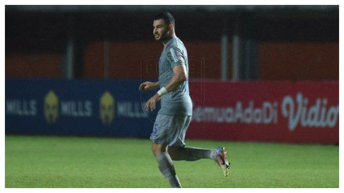 Soal Kontrak Pemain Baru Persib Bandung Farshad Noor yang Hanya Satu Musim, Ini Kata Teddy Tjahjono