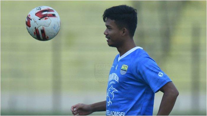 Pemain muda Persib Bandung Bayu Fiqri