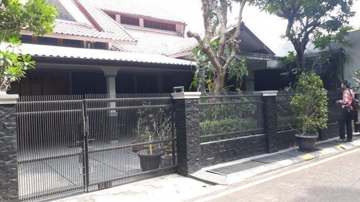 Pemandangan asri dari rumah Basuki Hadimuljono