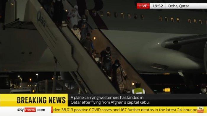 AS hingga Inggris Sambut Baik Penerbangan Internasional Pertama dari Bandara Kabul ke Qatar