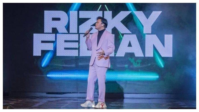 Penyanyi Rizky Febian.