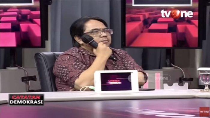 Heran Qodari Ngotot Presiden 3 Periode, Ade Armando Sebut 3 Calon Potensial: Kenapa Harus Jokowi?