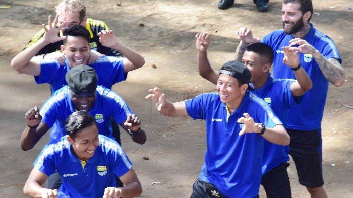 Jelaskan Manfaat Outbond, Pelatih Persib Bandung Ungkap Sebelumnya Para Pemain Tak Saling Akrab