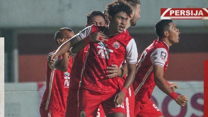 Persija Jakarta unggul 2 gol atas Persib Bandung di leg perdana final Piala Menpora 2021, Kamis (22/4/2021).