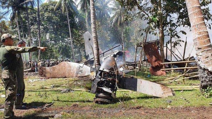 UPDATE Pesawat Jatuh di Filipina, 52 Orang Termasuk Warga Sipil Tewas, Kotak Hitam Ditemukan