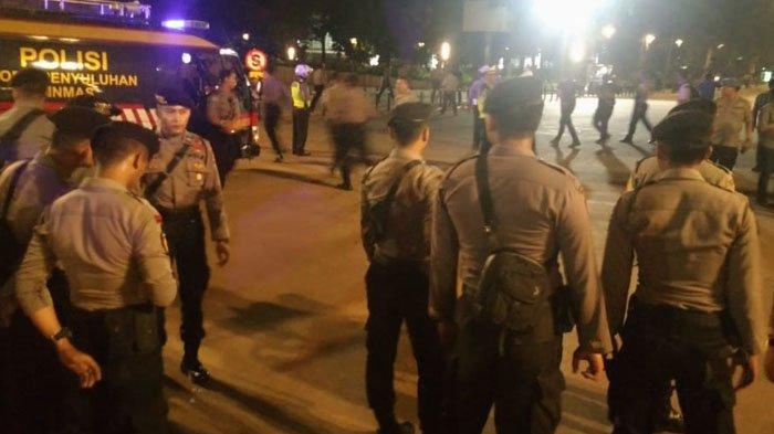 BREAKING NEWS: Terdengar Suara Ledakan di Tempat Nobar Debat Capres di GBK, Warga Berhamburan