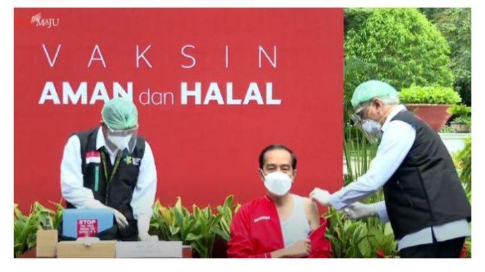 Presiden Joko Widodo (Jokowi) disuntik vaksin Covid-19 dosis kedua di halaman Istana Kepresiden, Jakarta Pusat, Rabu (27/1/2021).