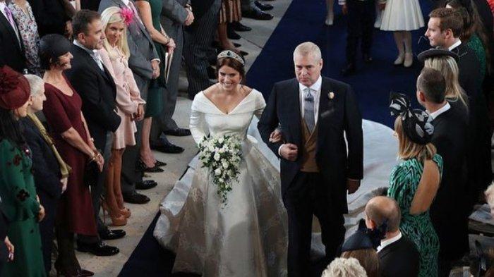 Princess Eugenie resmi menikah dengan Jack Brooksbank, Jumat (12/10/2018).