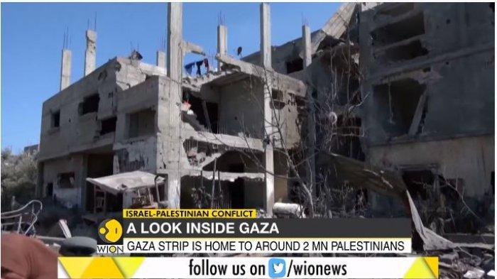 Puing-puing gedung dan rumah penduduk Gaza, Palestina yang hancur akibat serangan Israel, Sabtu (15/5/2021).
