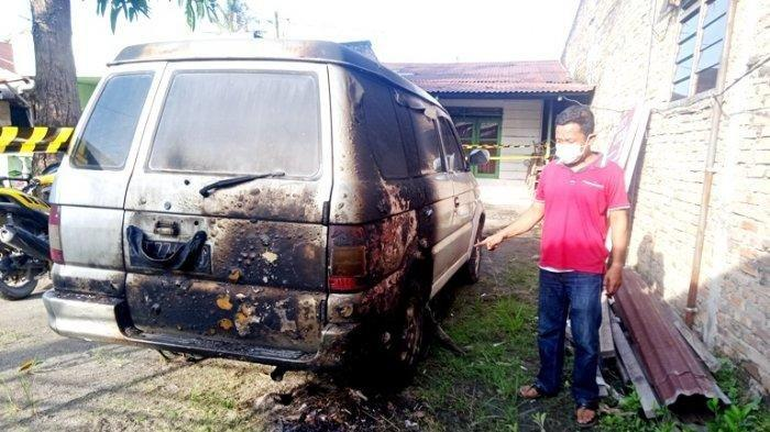 Pujianto, jurnalis Metro TV Sergai diteror orang tak dikenal (OTK), Senin (31/5/2021) dinihari. Mobil miliknya dibakar.