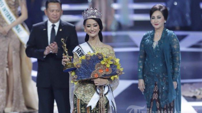 Sosok Ayu Maulida, Wakil Indonesia di Miss Universe 2020, Banjir Pujian saat Kenakan Kostum Komodo