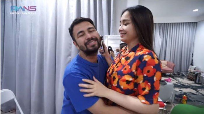 Cukur Jenggot Raffi Ahmad dengan Alat, Nagita Slavina: Bisa buat Cukur Bagian-bagian Lain Nih