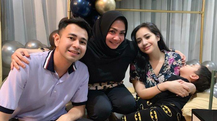 Raffi Ahmad Pamer Sepatu dari Mantan di Depan Mama Rieta, Lihat Reaksi Nagita Slavina