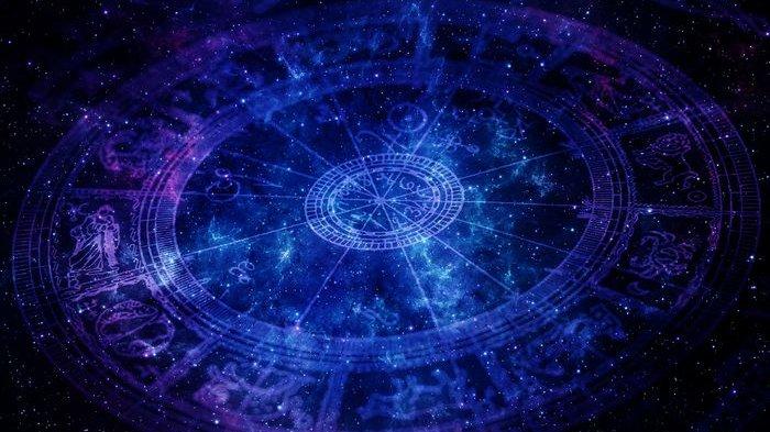 5 Zodiak Ini Paling Narsis, Ada yang Bakal Lakukan Apa pun demi Dapat Perhatian