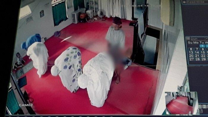Tampang Pelaku Pelecehan Seksual pada Jemaah Wanita saat Salat di Musala, Aksi Terekam CCTV