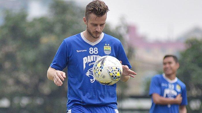 Rene Mihelic mengungkap adaptasinya di Persib Bandung