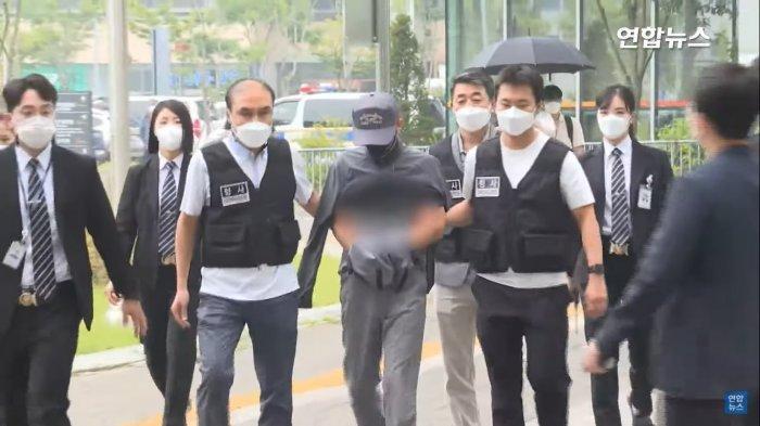 Kang setelah melakukan interogasi di Pengadilan Distrik Timur, Songpa-gu, Seoul pada Selasa (31/8/2021).