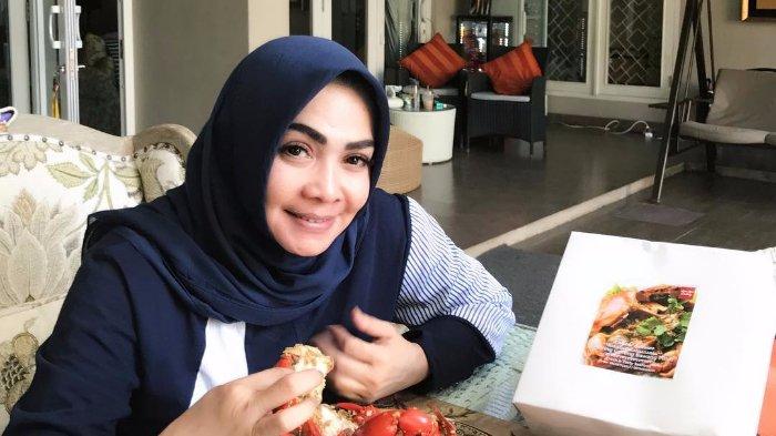 Ikuti Tren Coba BTS Meal, Ibunda Nagita Slavina Tak akan Pajang Bungkus Makanannya: Buat Apa?