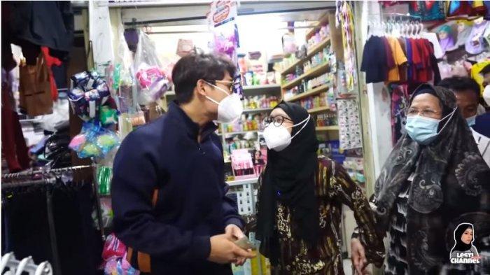 rizky-billar-dan-lesti-kejora-ketika-berbelanja-di-pasar-tradisional-rabu-1312021.jpg
