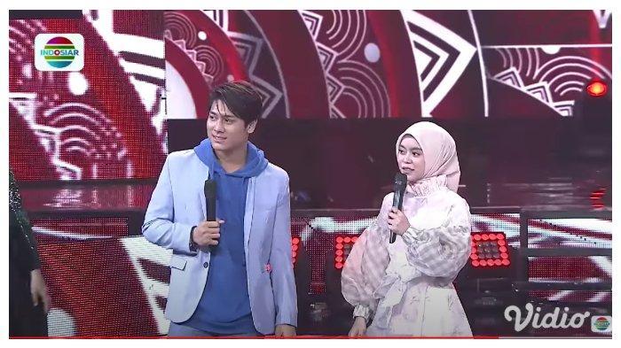 Lesti Kejora dan Rizky Billar dalam tayangan YouTube Indosiar, Minggu (6/9/2020). Rizky Billar sebut Lesti sebagai piala bergilir.